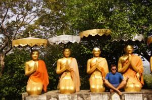4 Buddhas, nein 5!