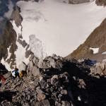 Die 5-köpfige Bergführerseilschaft ist im Aufstieg, bald haben sie ihr Ziel, das Vrenelisgärtli über die Normalroute erreicht. Wir sind bereits im Abstieg.