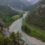 Rhein in seinem tief eingekerbten Tal
