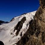Der obere Glacier de Valsorey, welcher hinter dem Felsen vom Mont Vélan zu Tale fliesst