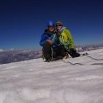 yuhuu, nach gut 5h sind wir oben angekommen, hinten sieht man den Mont Blanc