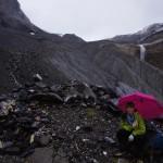 Hüttenzustieg bei leichtem Regen, später bei Nebel über den Tschingelgletscher