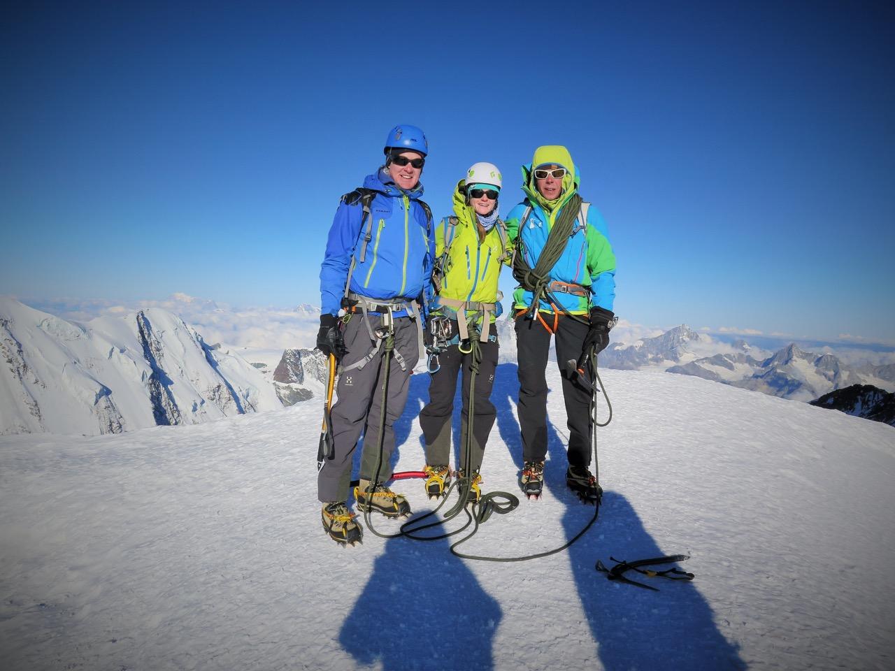 trotz Kälte & WInd geschafft - Zumsteinspitze 4563m!