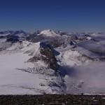Gletscherhorn, im Hintergrund das Wildhorn