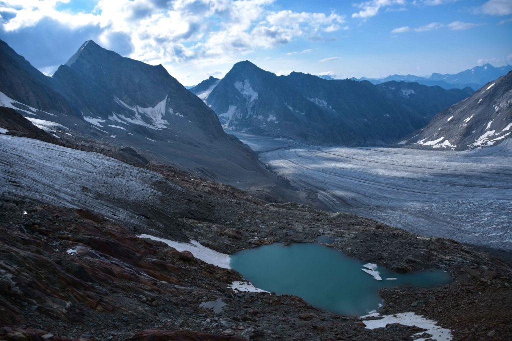 Gletschersee und Fieschergletscher